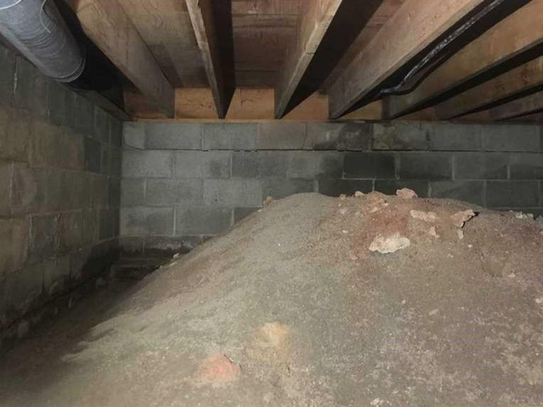 Crawlspace Repair in Woodsfield, OH - Before Photo