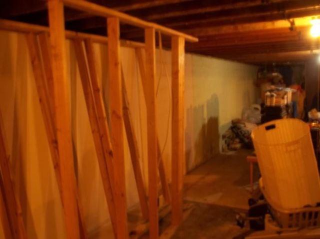 Crawlspace Vapor Barrier in Toronto, Ohio
