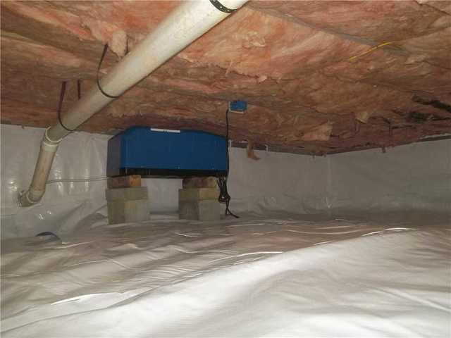 Crawl Space Encapsulated in Flemington, WV