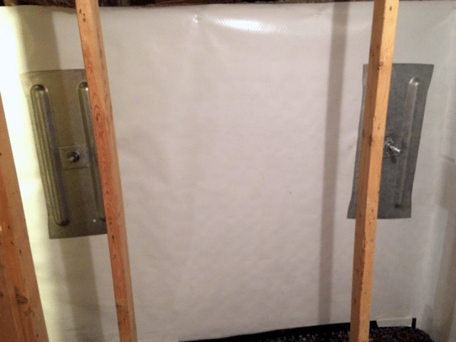 Geo-Lock™ Wall Anchor System and CleanSpace® Vapor Barrier Install in Medicine Hat, AB