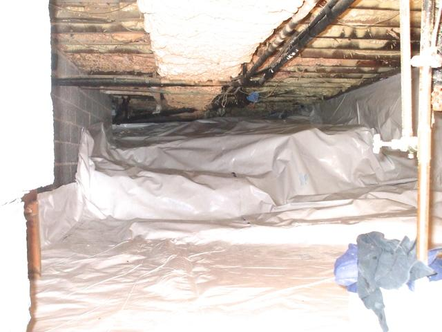 Rock Ledge Crawlspace with CleanSpace