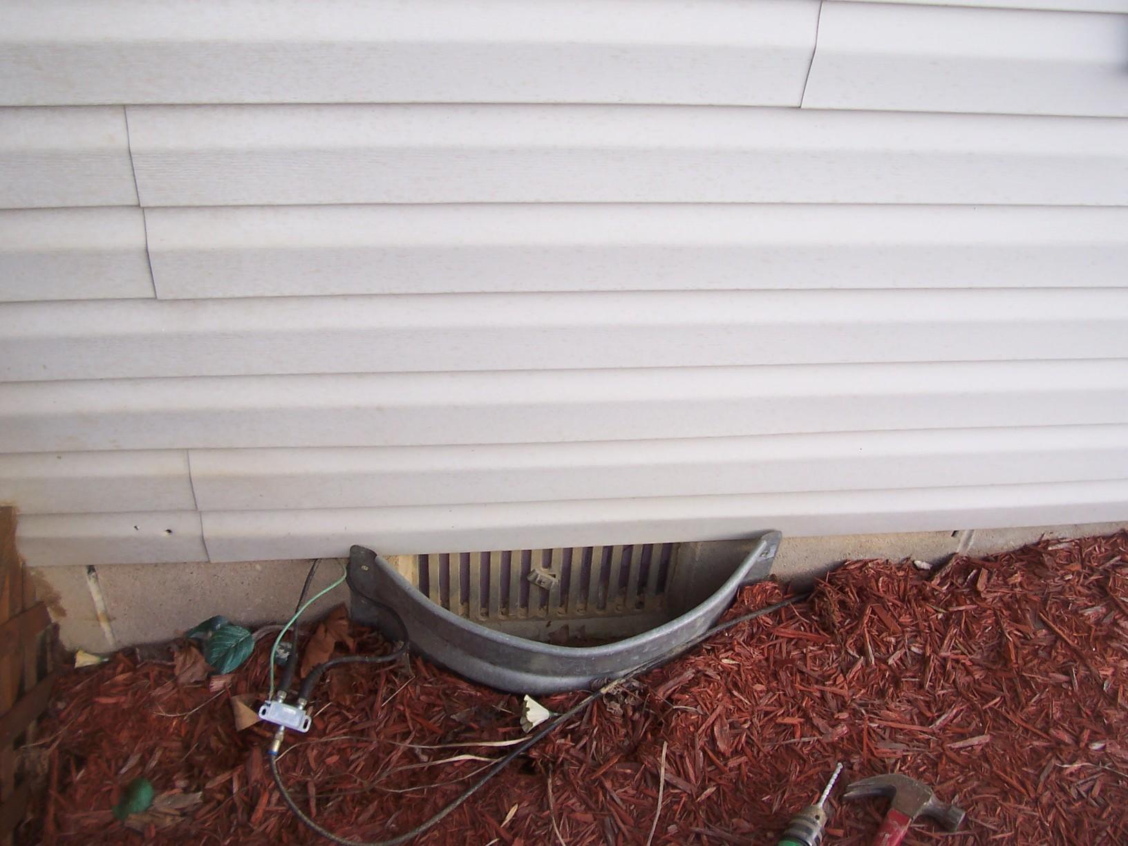 EverLast Door Seals Crawl Space in Lost Creek, WV. - Before Photo