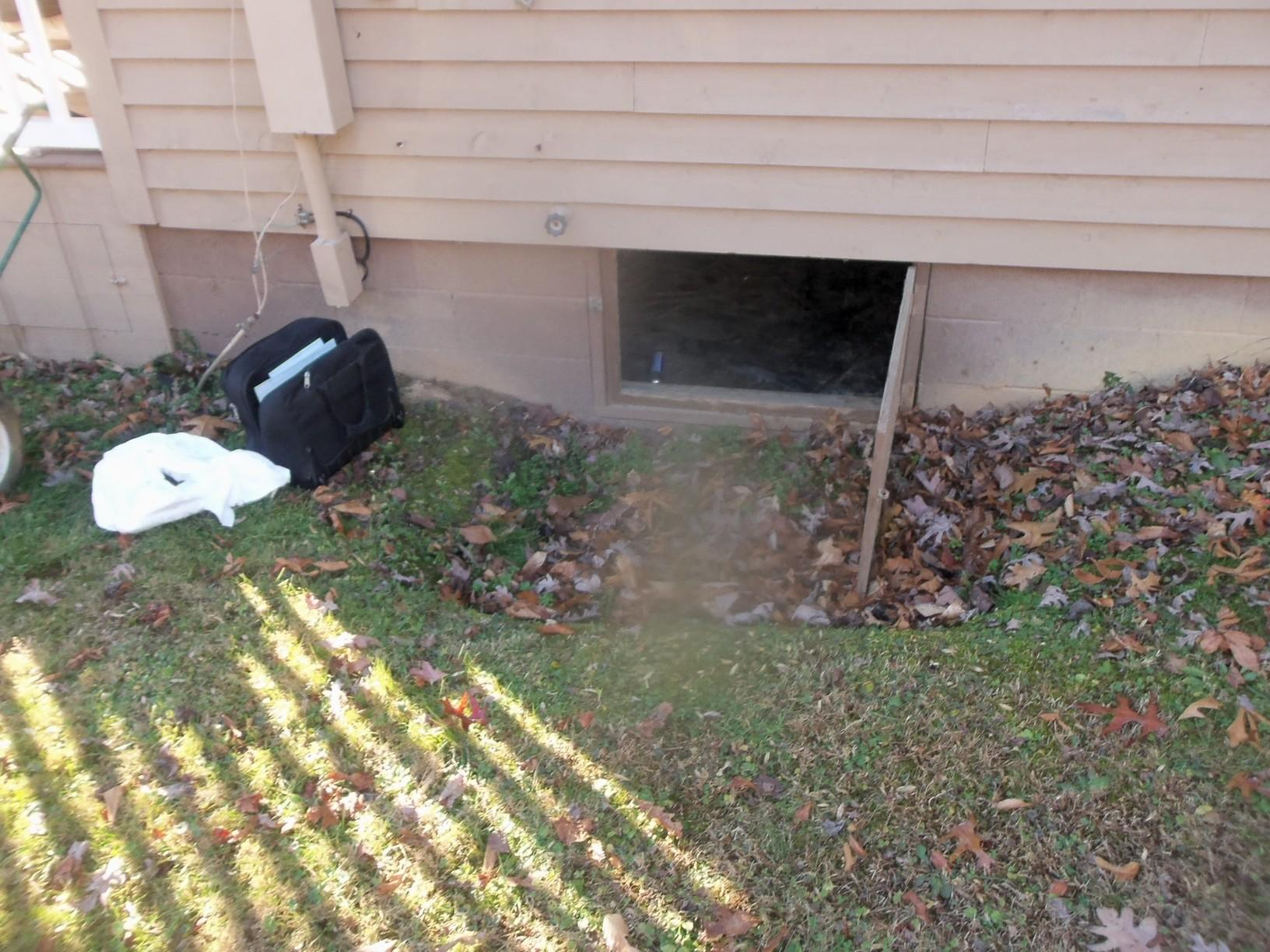 EverLast Crawl Space Access System in Bridgeport, WV - Before Photo