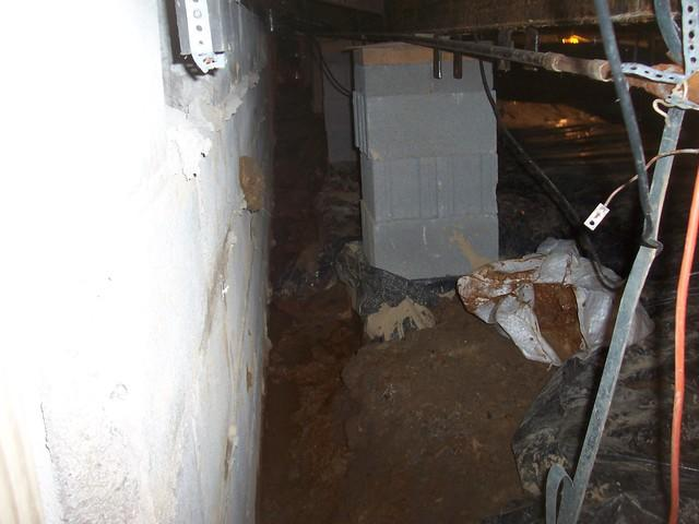 CleanSpace Improves Crawl Space in Lost Creek, WV.
