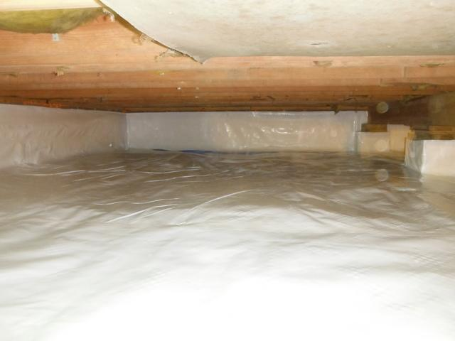 Before and After: Milton, West Virginia Crawl Space is Encapsulated