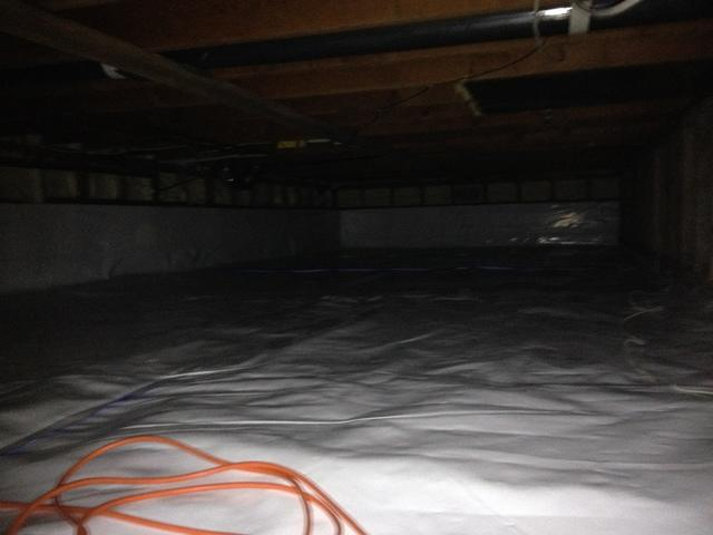 Crawlspace Encapsulation and Clean Up in Tsawwassen BC