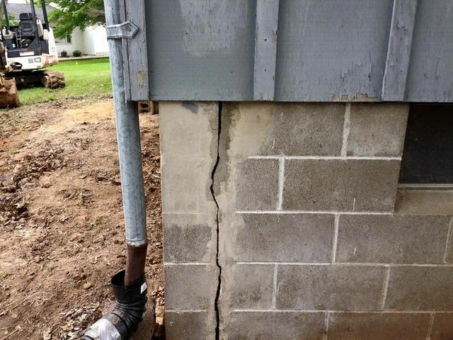 Foundation Cracks Repaired in Fowler IL