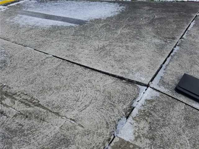 Sinking Concrete in Pennsburg, PA Driveway
