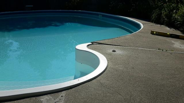 Lifting a Pool Deck in Bowmanville, ON