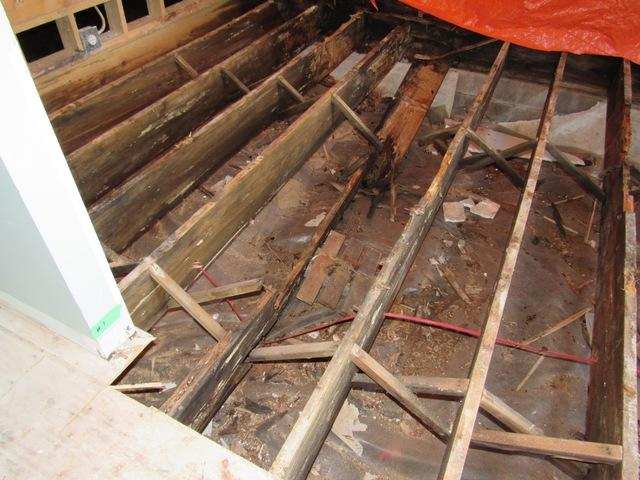 Sinking Crawl Space Floor in Algonquin Highlands, ON