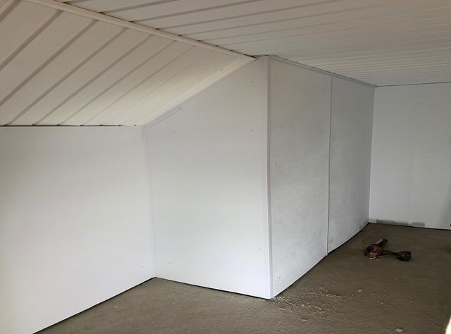Cold Room Encapsulation Adds 200 ft² to Home in Ballantrae, Ontario