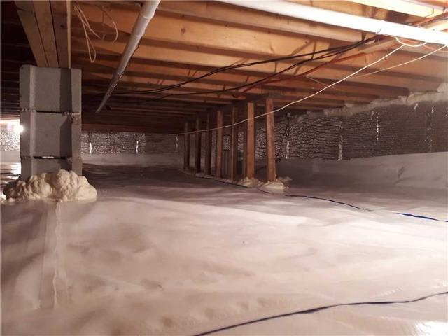 Chilly Crawl Space Leads to Cold Feet in Wasaga Beach, Ontario