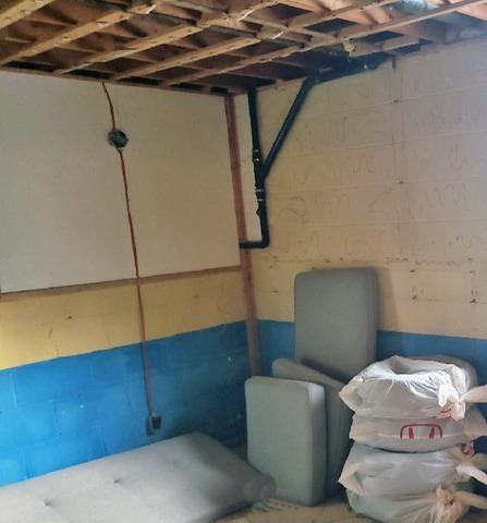 Leaking Foundation Blocks Soak Basement in Newmarket, Ontario