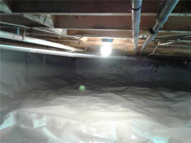 Crawlspace encapsulated in White Haven, PA
