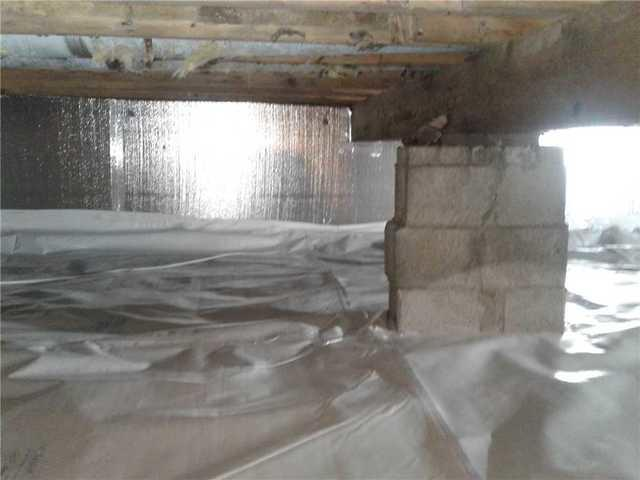 Crawlspace insulated and encapsulated in Gettysburg, PA