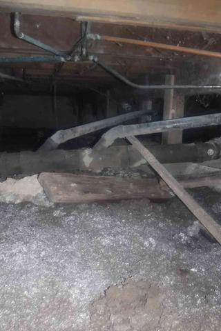 Wet & Moldy Crawl Space in Blaine, WA