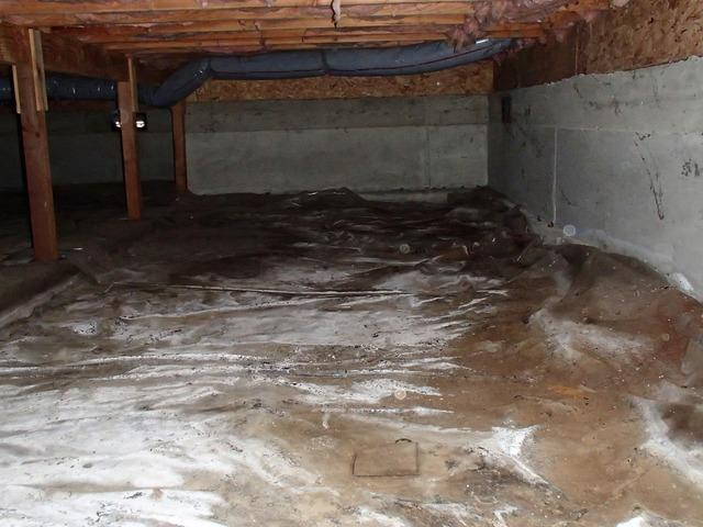 Crawl Space Standing Water in Mount Vernon, WA