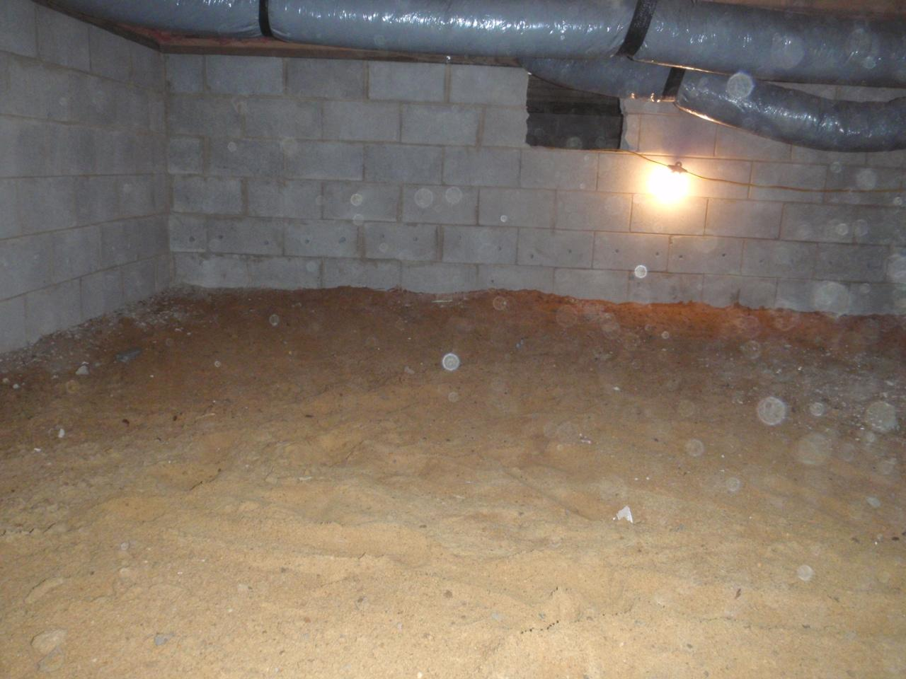 Chester, MD crawlspace encapsulation - Before Photo