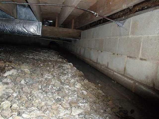Stevensville, MD Crawl Space - Before Photo