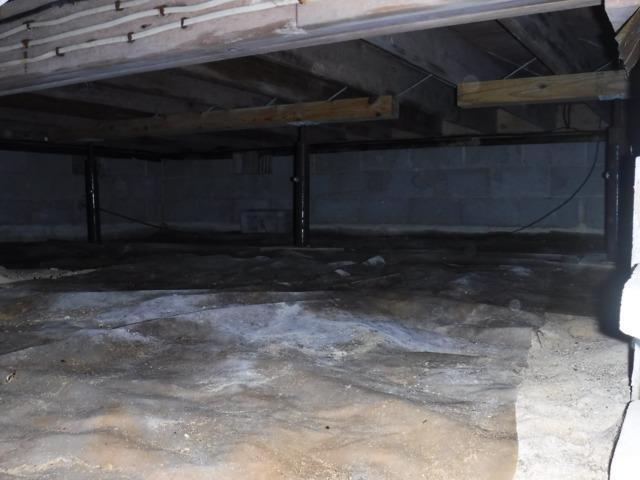 Safe Crawlspace in Ellendale, DE
