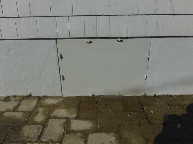 Crawl Space Door Leak