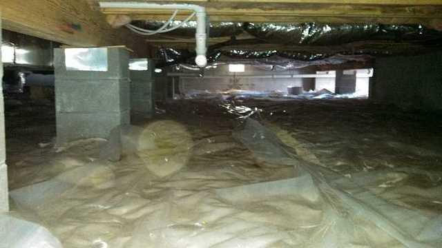 Dry and clean crawl space