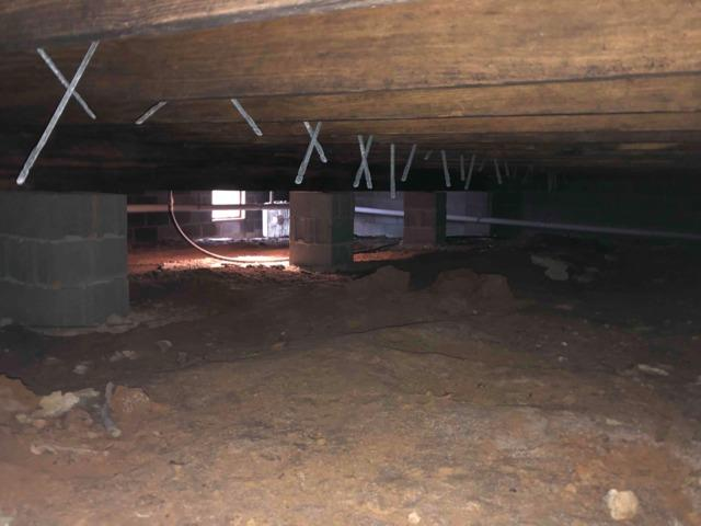 Moisture in Crawlspace in Payneville, KY