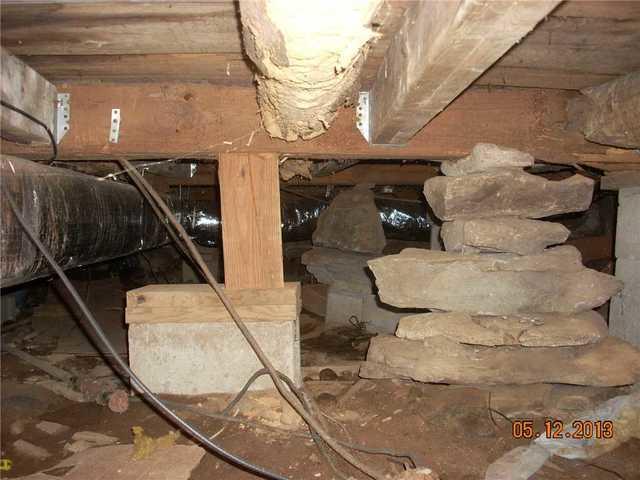Mansfield, Massachusetts Crawl Space
