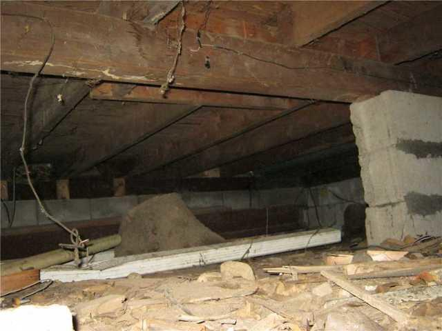 Crawl Space in Pembroke, MA