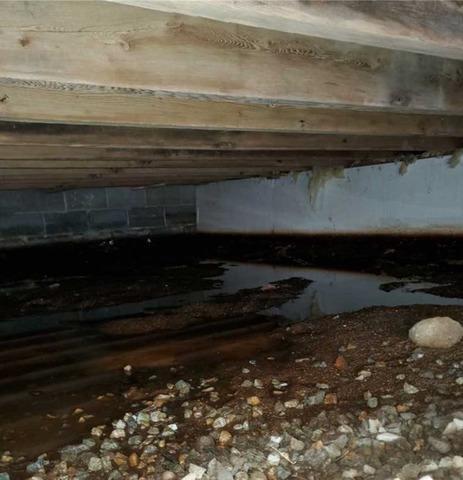 Wet Crawlspace in Manomet, MA
