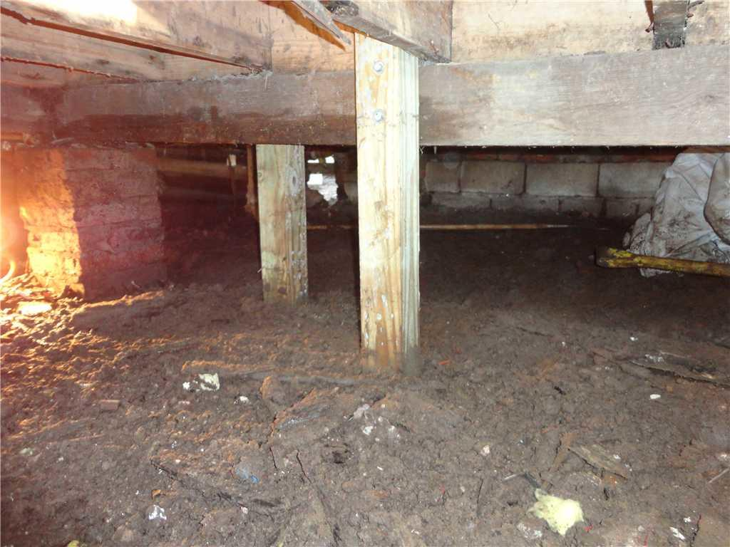 Crawl Space Encapsulation System in Staten Island, NY - Before Photo