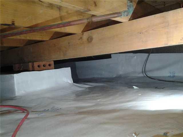Crawl Space Vapor Barrier in Rosedale, Queens