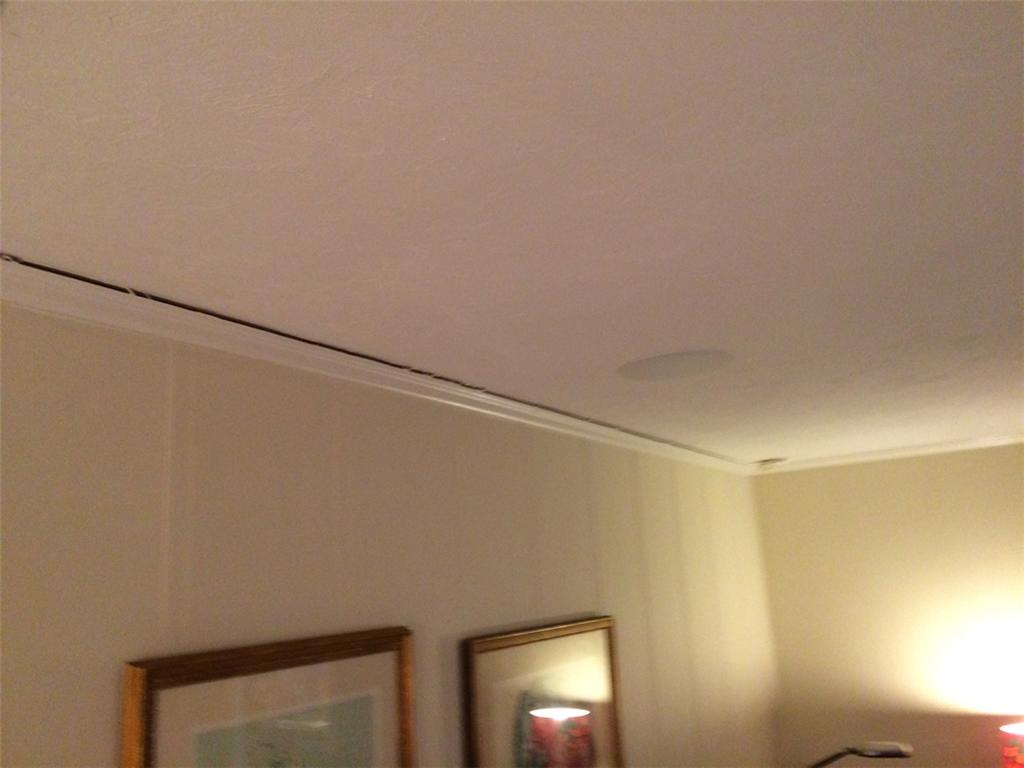 Crown Moulding and Drywall Separation in Glen St. Mary, FL - Before Photo
