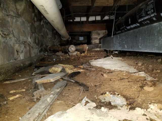 Crawlspace in Canadensis