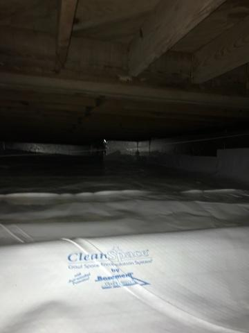 Dirty Crawl Space in Sherwood, AR