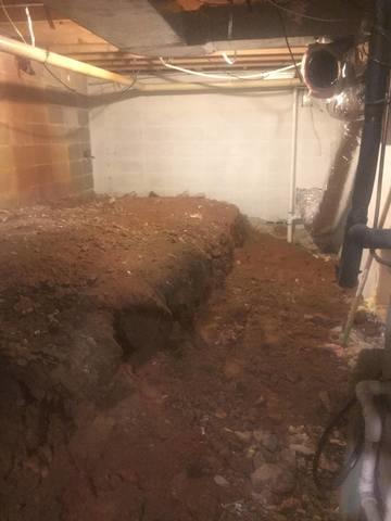 Dirt Crawl Space in Higden, Arkansas