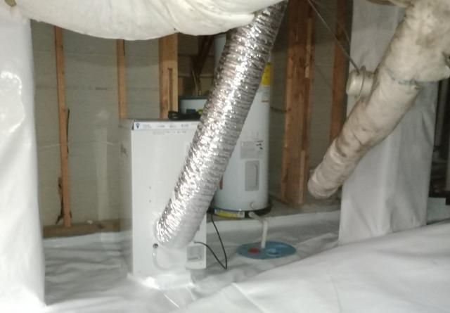 Dampness and Odor in Little Rock, Arkansas Crawl Space
