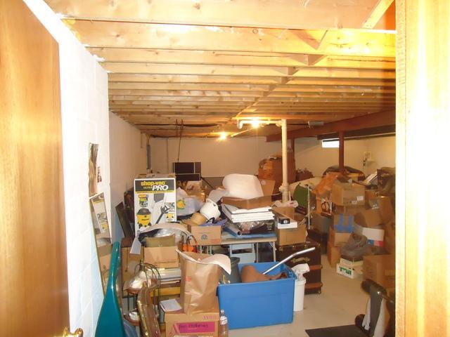 Quaint Basement Rec Room in Oak Creek, WI