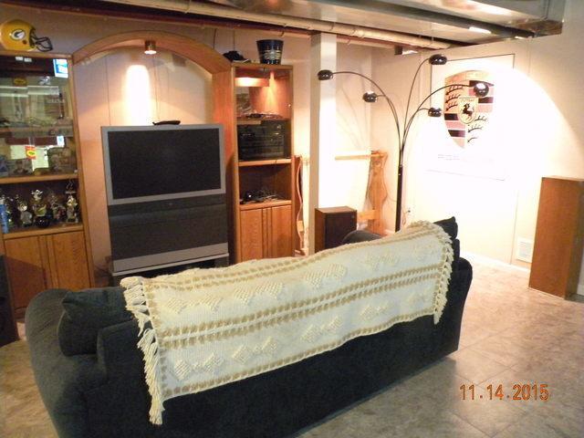 Cozy Family Room in Racine, WI