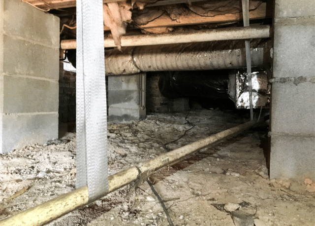 Cleaning up a Nasty Crawl Space in Dover, NC
