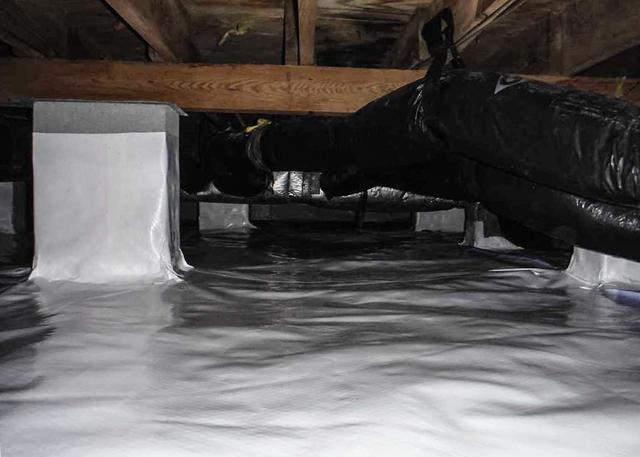 Cleaning up a Dirty Crawl Space in Burgaw, NC