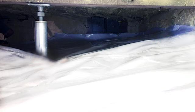 Dirt Crawlspace with Cracked Walls in Waterbury Center, Vermont