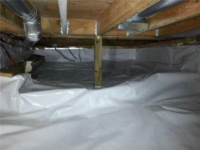 Dark and Wet Crawlspace made Clean and Bright in Corbeil, ON