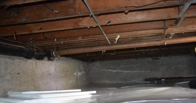 Crawlspace Encapsulation in Glastonbury, CT