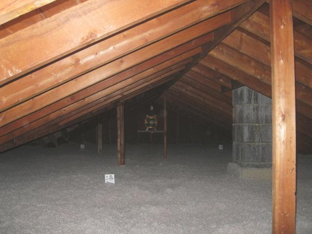 Blown Cellulose Insulation in Wallingford, CT