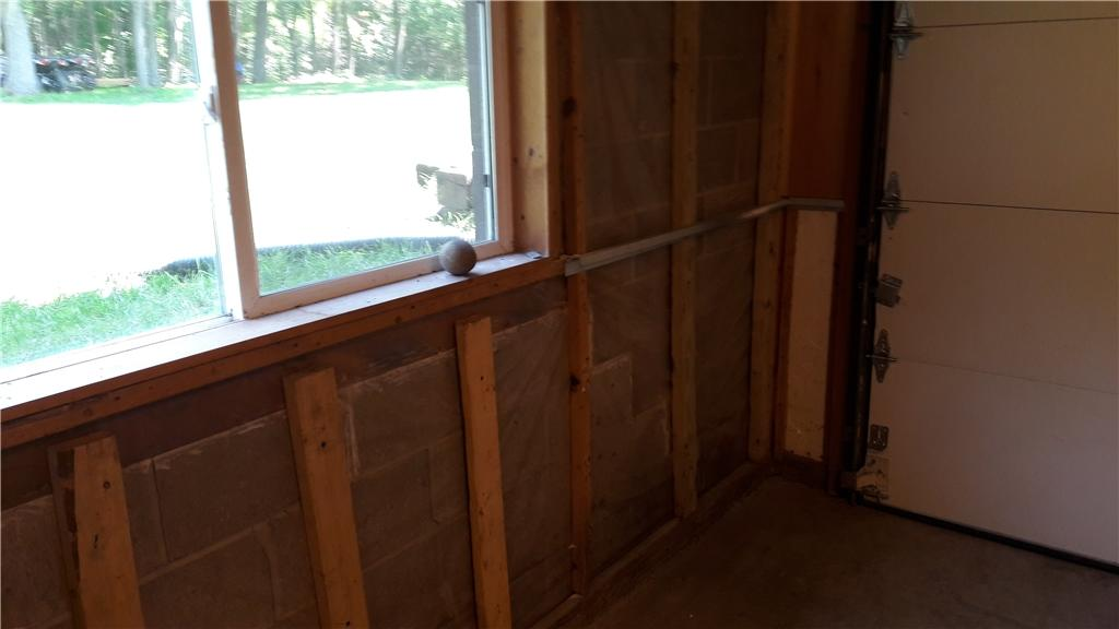 Wall Support Added in Howard Lake, MN - Before Photo