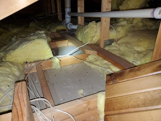 Ice Dams at Holyoke, MN Home Fixed with Proper Insulation