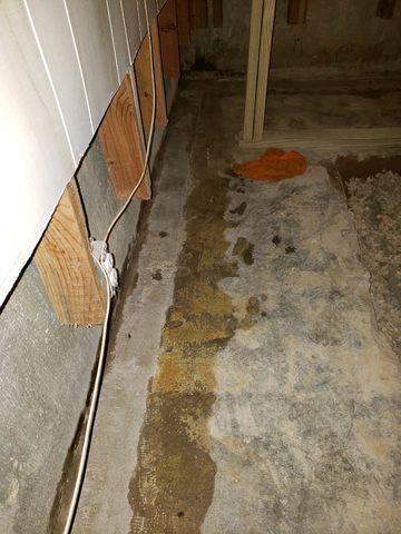 Basement waterproofing in Richardson - Before Photo