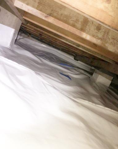 Crawl Space Encapsulation / Bi-Polar Air Cleaner Installation in Dallas, TX