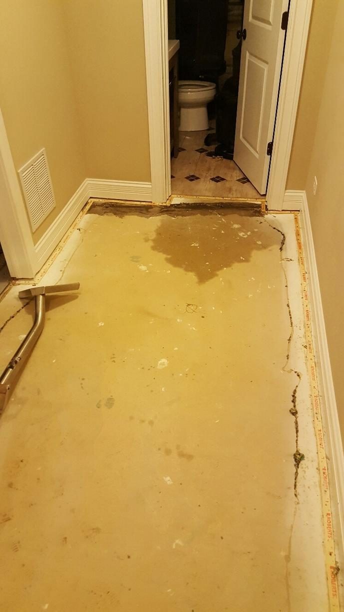 Water Damage Restoration in Arlington Heights, IL - Before Photo